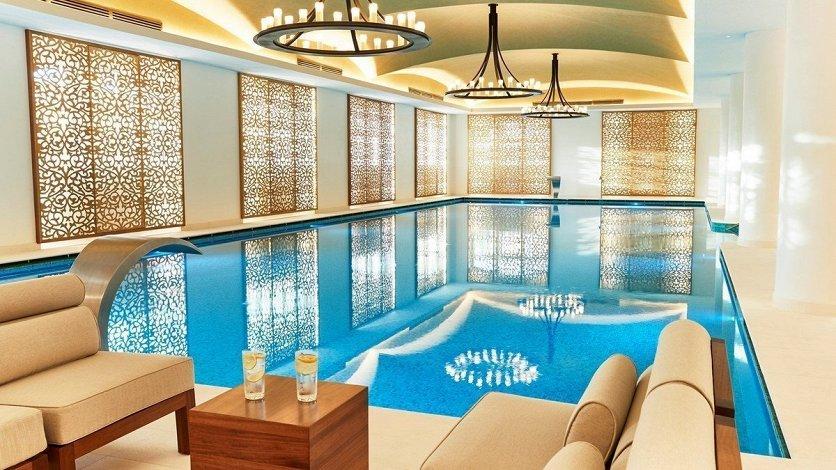 Emerald-Palace-Kempisnki-Dubai-Palm-Jumeirah-005.jpg