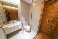 RLaMRi94S-11.Ванная комната в спальне 3.jpg